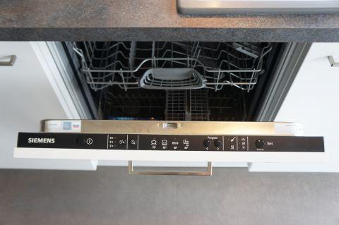 Einbauküche Nobilia Touch 317 Koje 5